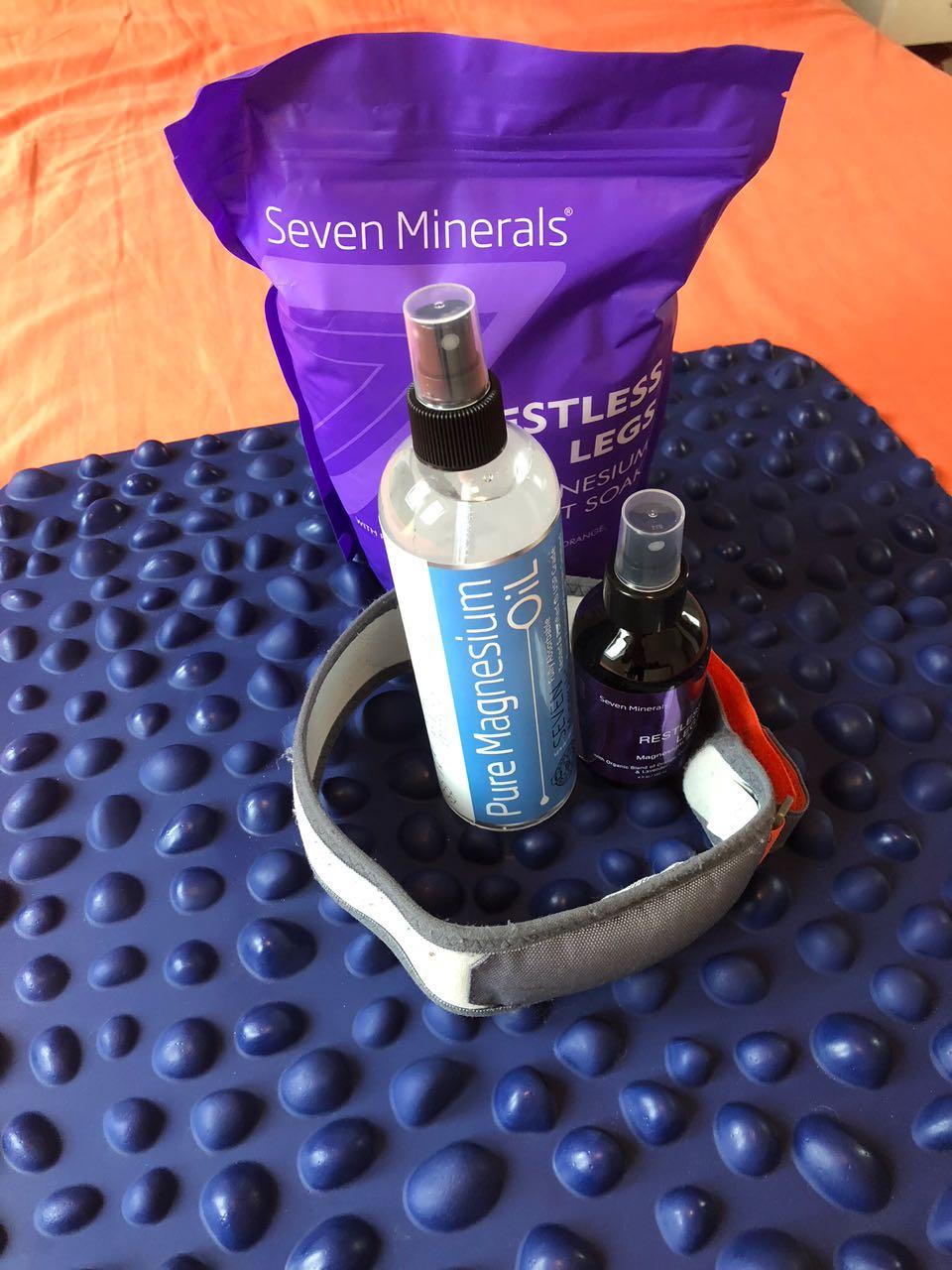 Das sind die Produkte, die ich für meine eigene Restless Legs Syndrom Therapie verwende. Ein goFit-Matte, Präparate von Seven Minerals und den Release 417.
