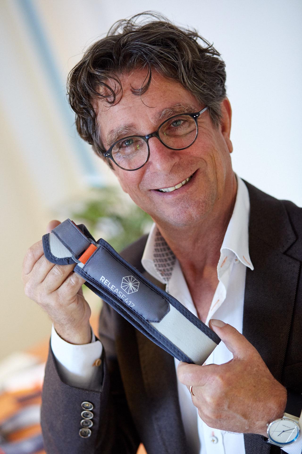 René van Alphen, der Erfinder des Release417. Verbessern Sie sofort die Beschwerden des Restless Legs Syndroms mit dem Release417.